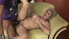 Young stud drives his love tool inside Effie's hairy coochie