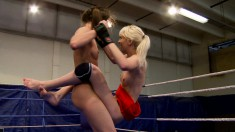 Ashley and Alexa Wild put on a wrestling show leading to a pussy show