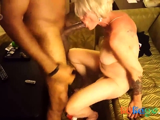 Hood Ebony lesbische porno